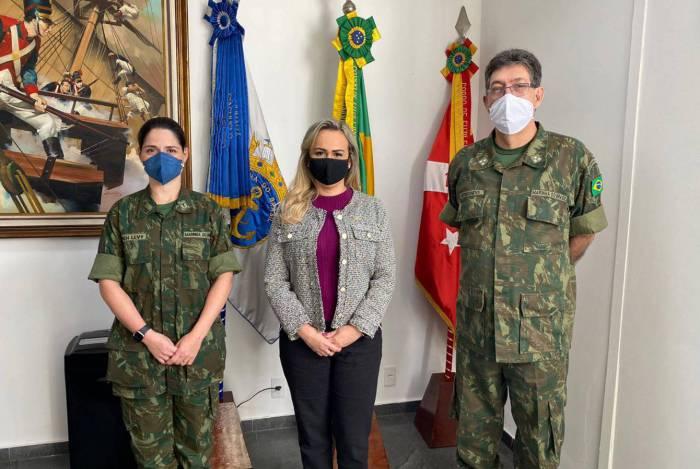 A deputada Daniela do Waguinho visitou as instalações do Profesp na Base de Fuzileiros Navais do Rio Meriti