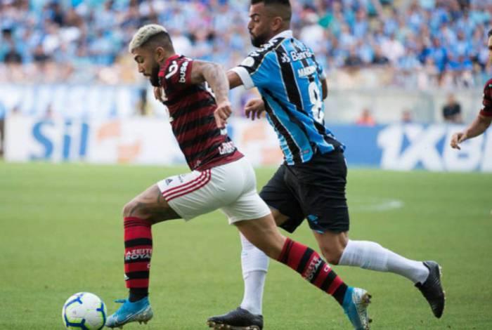 No último duelo, pelo Brasileiro, vitória do Fla com gol de Gabigol, na Arena: 0x1