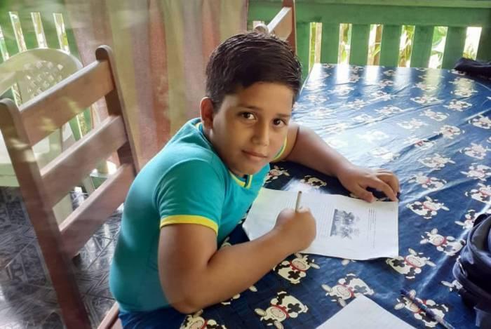 Matheus, de 11 anos, morreu após receber descarga elétrica