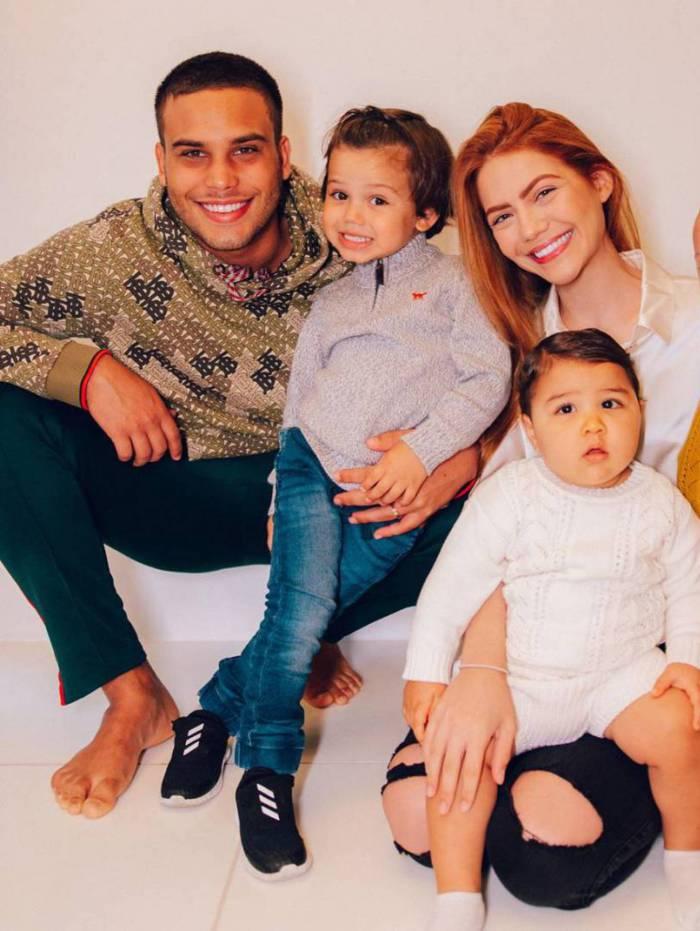 Jonathan Couto, Sarah Poncio e os filhos João, José e Josué