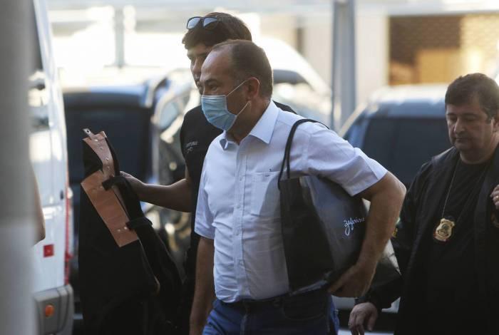 Pastor Everaldo chegando na sede da Policia Federal