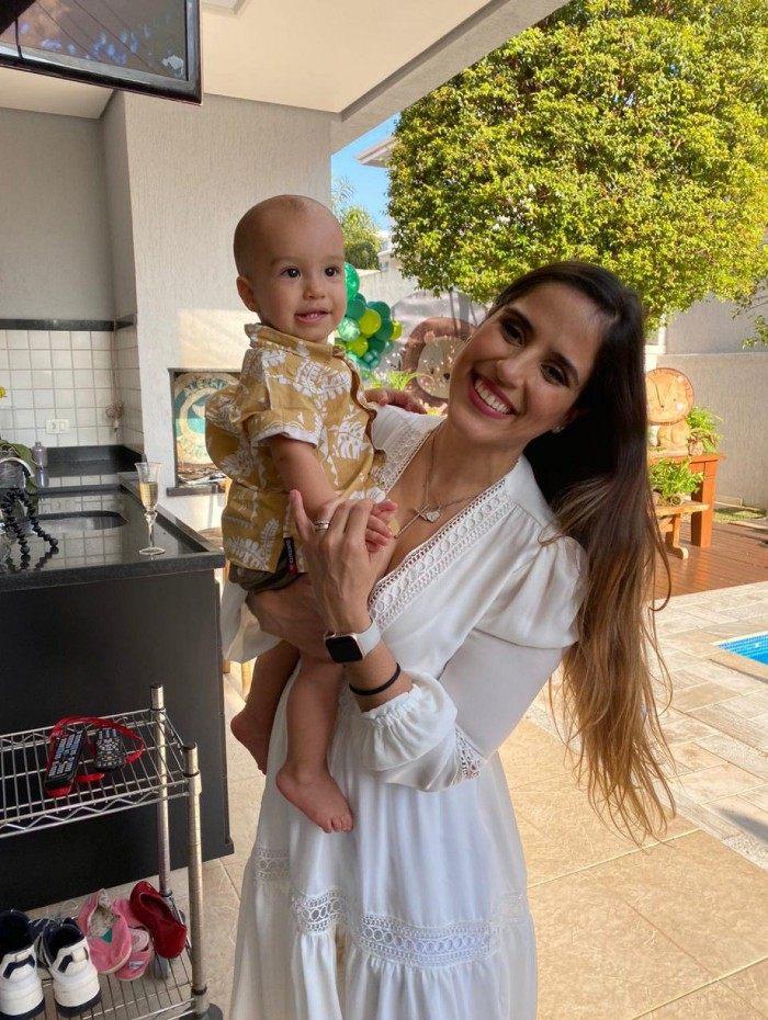 Camilla Camargo e o filho Joaquim