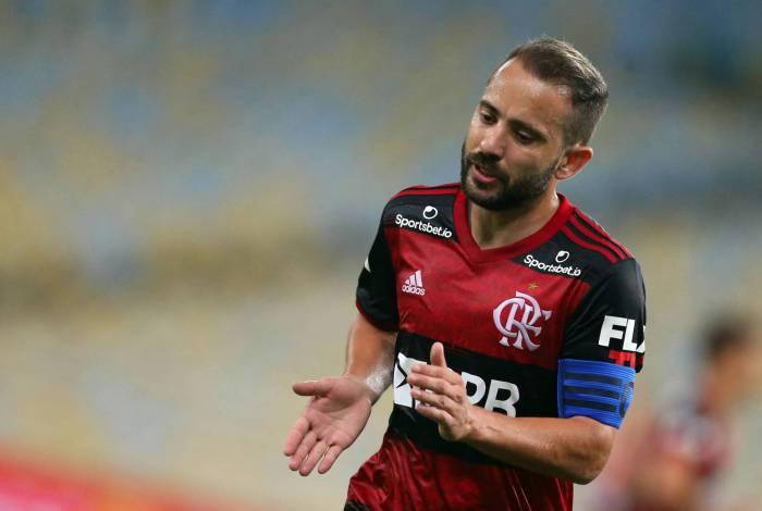 Capitão do Flamengo, Everton Ribeiro já atuou no futebol árabe