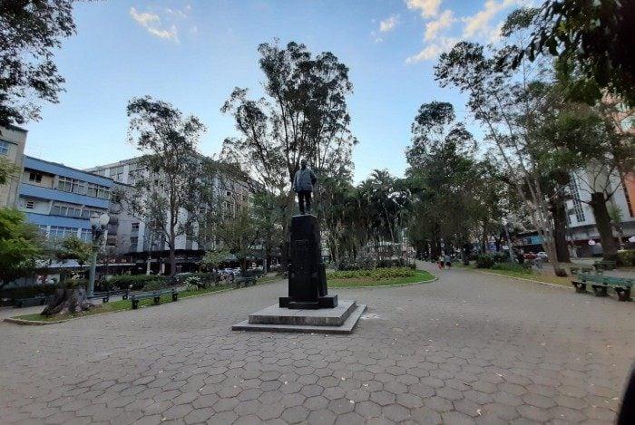 Praça Getúlio Vargas no centro de Nova Friburgo