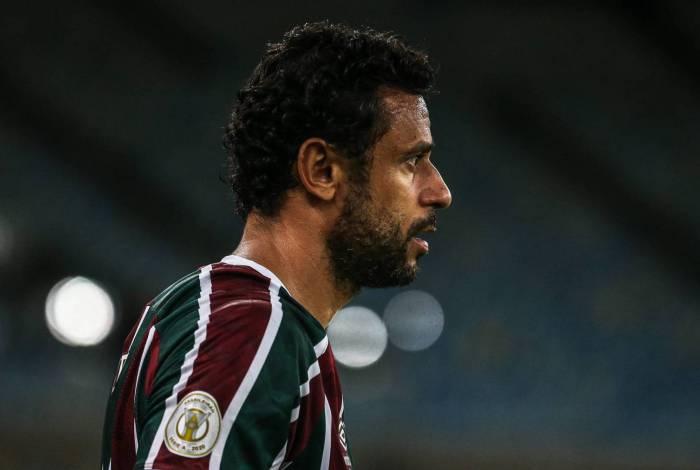 Fred saiu no primeiro tempo contra o Palmeiras