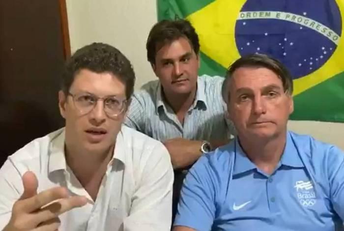 Ricardo Salles, Frederico D'Ávilla e Jair Bolsonaro em vídeo na web