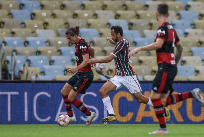 Fluminense e Flamengo se enfrentaram cinco vezes neste ano