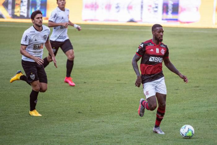 O meia Gerson interessa ao Benfica, de Portugal, informa o jornal
