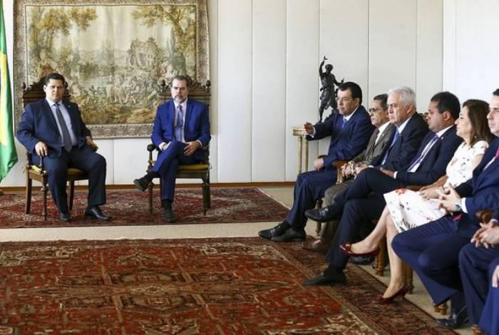 Toffoli se reuniu nesta quarta (24) com 15 senadores para dar um posicionamento do Supremo sobre o tema