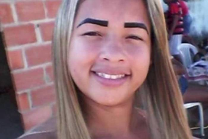 Kelly Cristina dos Santos, 26 anos