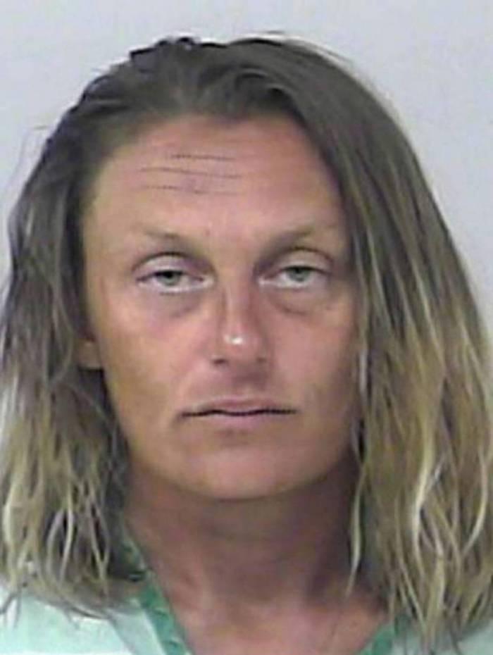 Mulher de 36 anos foi presa