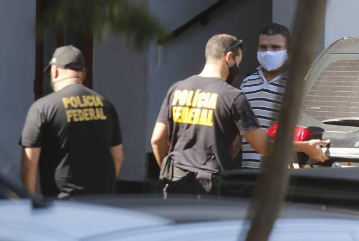 Policia - Policia Federal faz operaçao, batizada de Tris in Idem, um desdobramento da Operação Favorito e da Operação Placebo