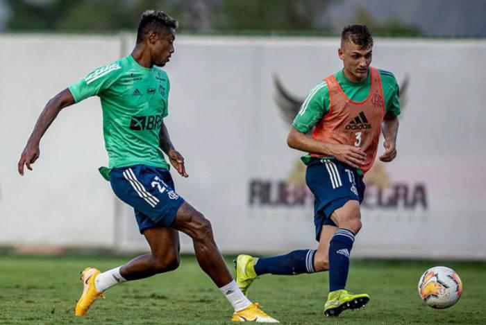 Recuperado, Bruno Henrique está novamente à disposição de Domènec Torrent