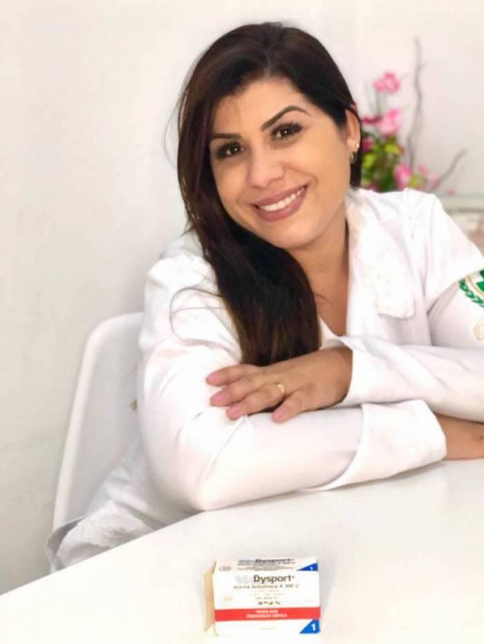 Camila Vicente, proprietária e biomédica da Clínica Camila Vicente Estética Avançada, localizada no Centro de Vilar dos Teles.