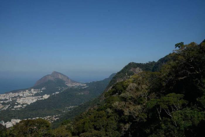 Parque Nacional da Tijuca passa a limitar o número de pessoas que acessam a trilha Parque Lage-Corcovado