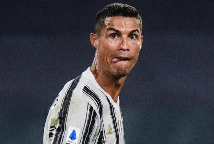 Cristiano Ronaldo esbanja vitalidade e qualidade aos 36 anos e soma 23 gols em 24 jogos na temporada