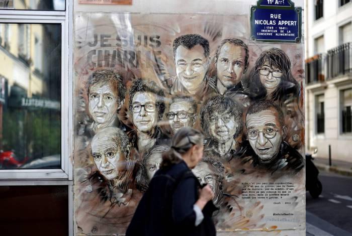 Homenagem a membros do Charlie Hebdo mortos em atentado terrorista de 2015