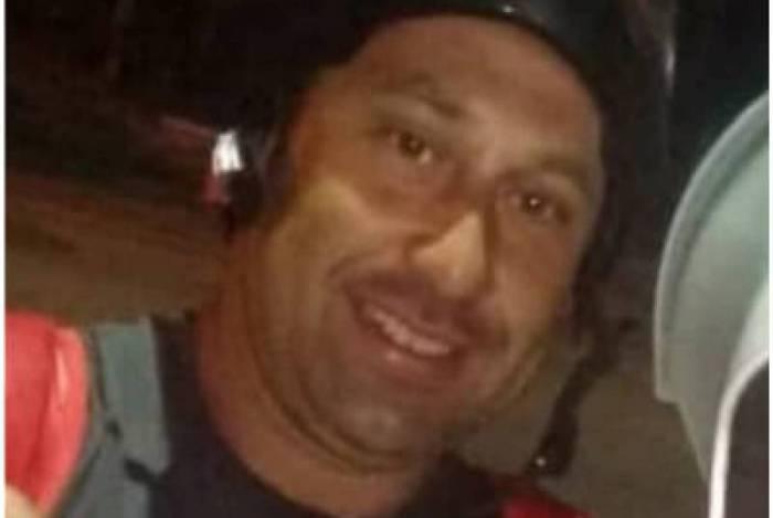 Segundo testemunhas, a vítima era motoboy, e foi identificada como Yure Pereira