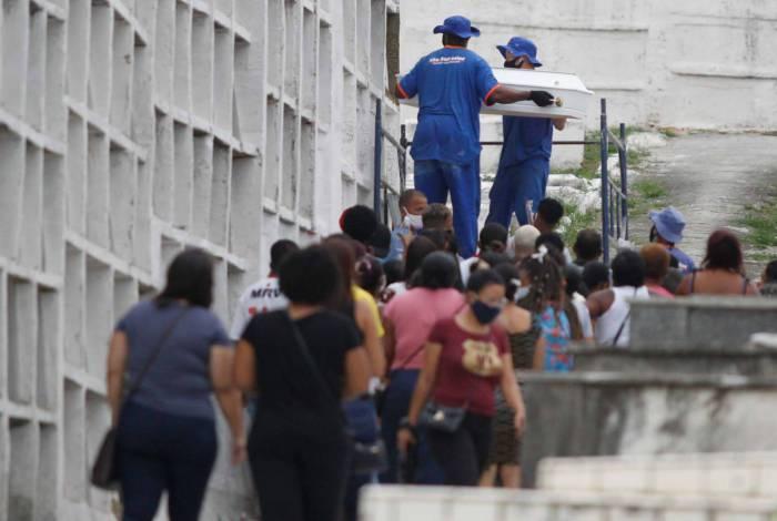 Enterro do menino Samuel Vitor de Oliveira Rodrigues