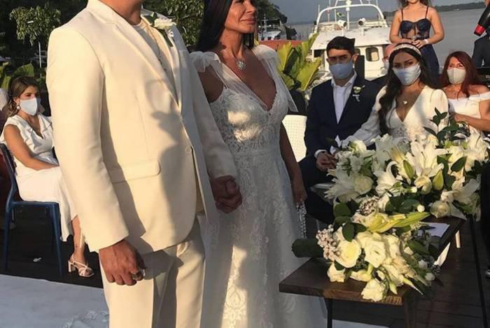 Gretchen se casa com Esdras de Souza em Belém do Pará