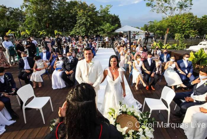 Casamento da Gretchen com Esdras de Souza