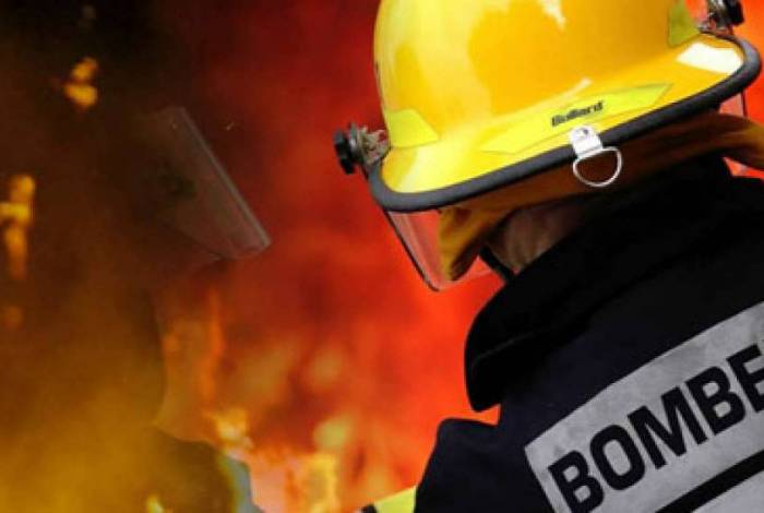Uma das principais finalidades da taxa de incêndio é o reequipamento do Corpo de Bombeiros