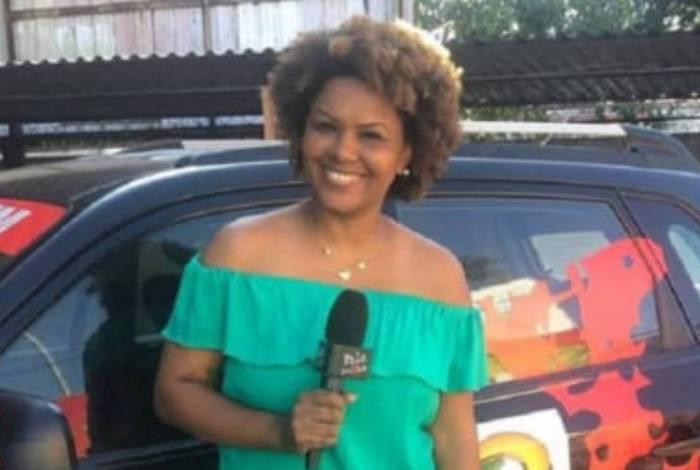 Repórter Julie Alves quer processar servidor que a agrediu