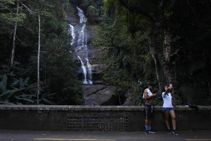 Com exceção da cachoeira da Cascatinha e das duchas localizadas na Estrada do Redentor, todas as demais cachoeiras do Parque voltam a ter permissão para banho