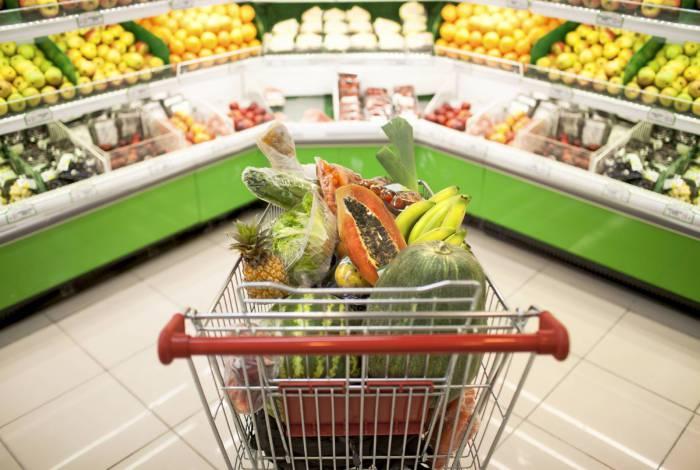 Setor de Alimentação e bebidas foi o principal responsável por puxar a alta na inflação, com destaque para alta no arroz e no óleo de soja