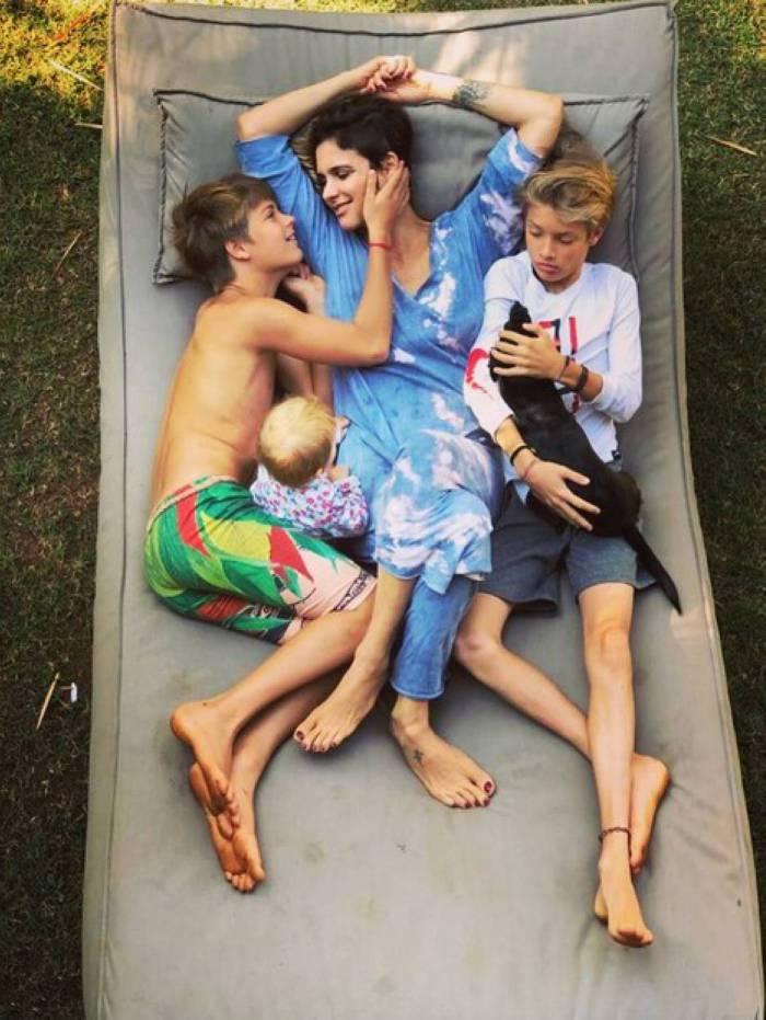 Fernanda Lima e os filhos