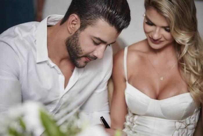Gusttavo Lima usou texto de site de frases para falar sobre sua separação de Andressa Suita