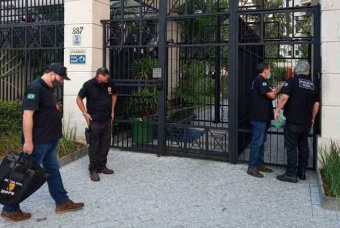 Polícia de SP cumpre sete mandados de busca e apreensão