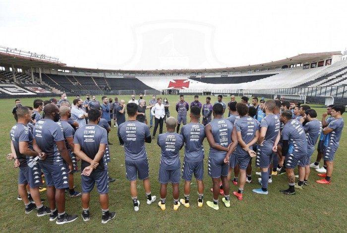 Novo técnico do Vasco, Ricardo Sá Pinto teve o primeiro contato com o grupo na sexta-feira