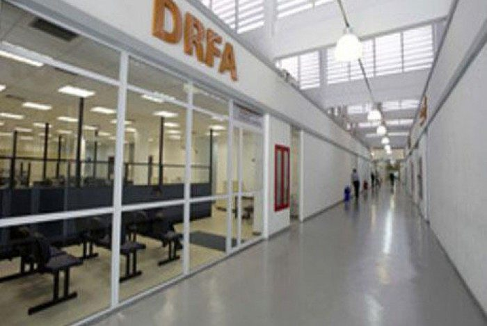 Quarteto foi preso e encaminhado a Delegacia de Roubos e Furtos de Automóveis (DRFA)