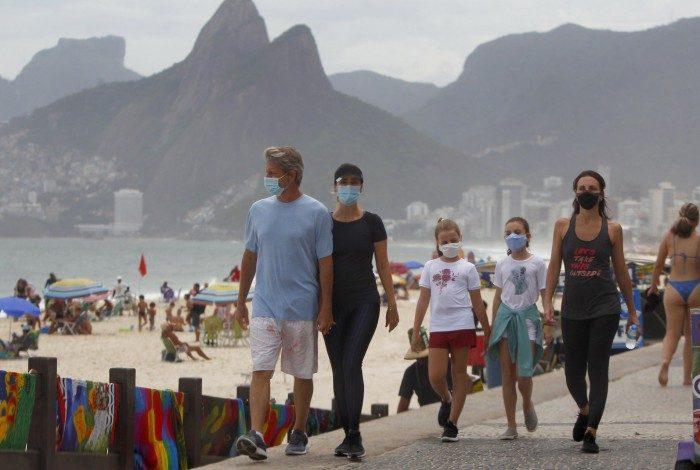 Praia do Arpoador em plena pandemia