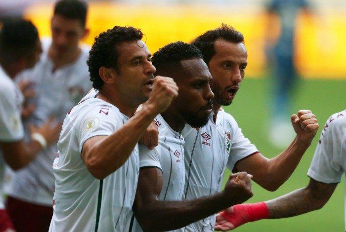 Fluminense x  Santos  - Campeonato Brasileiro -  Estádio Maracanã. Gol de Luccas Claro