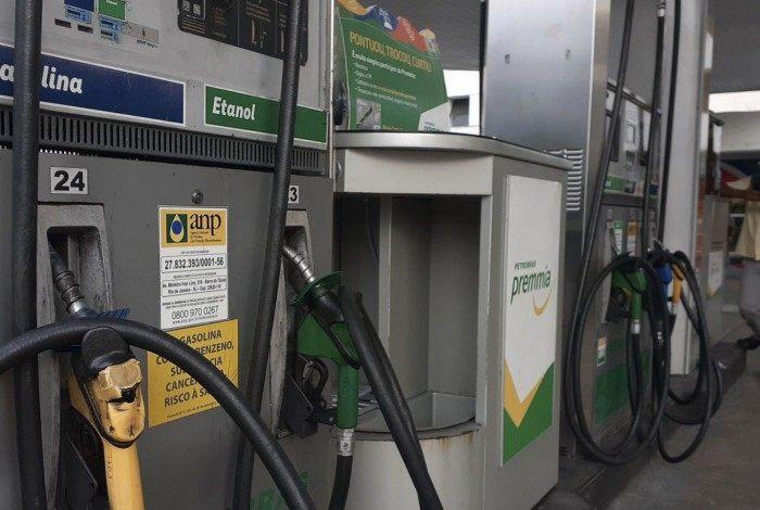 Inmetro vai intensificar fiscalização em postos de combustíveis após crítica de Bolsonaro