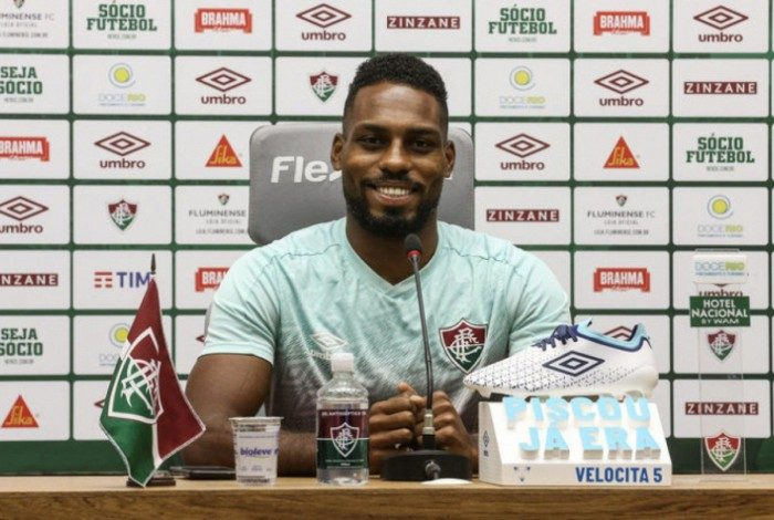 Em coletiva, Luccas Claro comentou sobre a atual fase do Fluminense