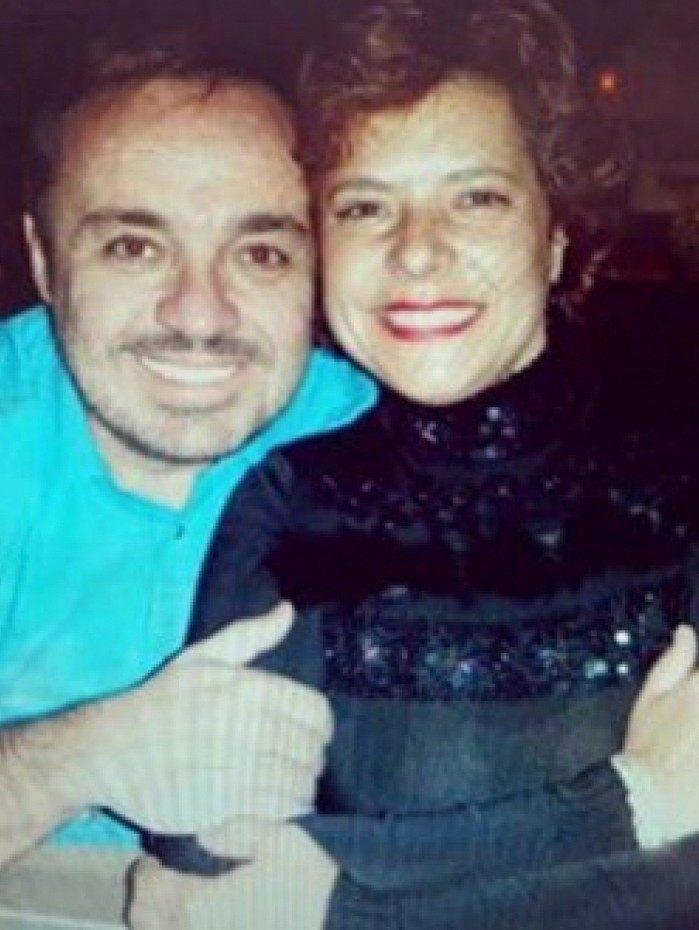 Rose Miriam Di Matteo posta fotos antigas de Gugu Liberato