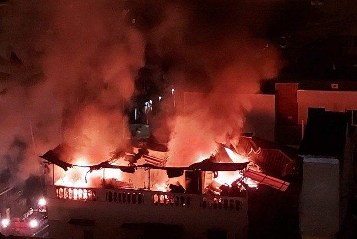 Incêndio em casa de vila na Tijuca