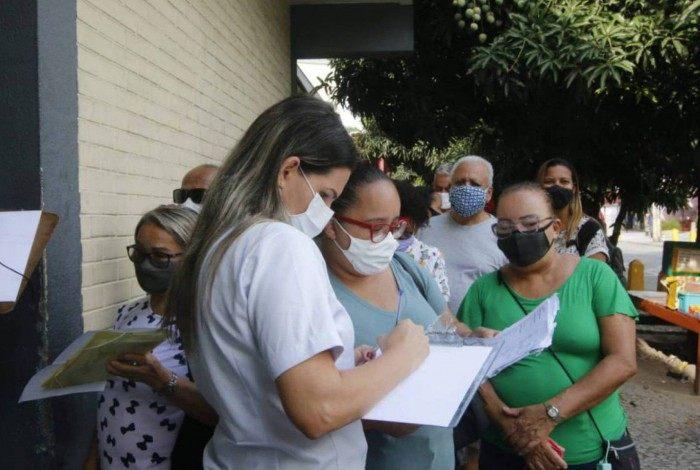 """Prefeitura do Rio inicia campanha """"Vem, Vacina! Vem, Voluntário"""""""