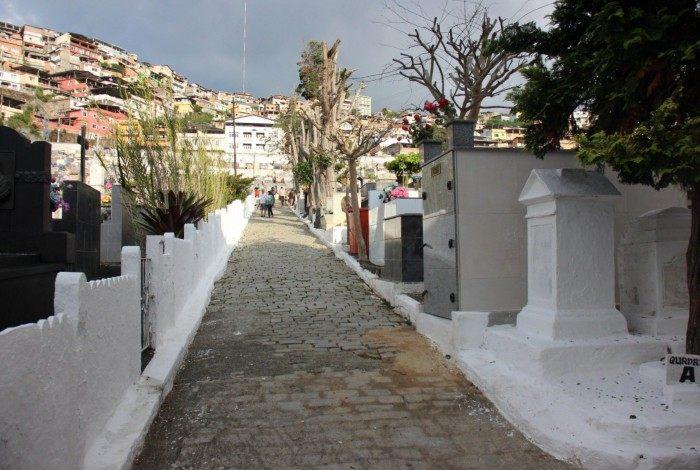 Cemitérios municipais terão controle de entrada para evitar aglomerações