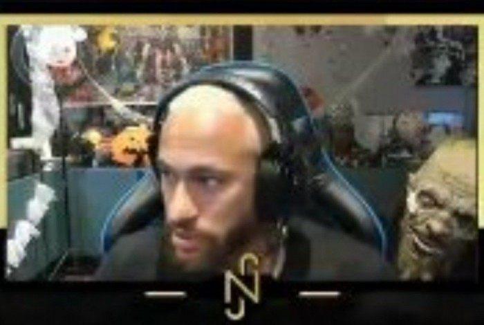 Neymar viraliza com susto do amigo Gil Cebola em transmissão ao vivo do game 'Sign of Silence'
