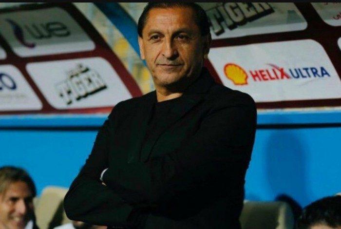 Ramón Díaz recusou oferta do futebol árabe para treinar o Bota