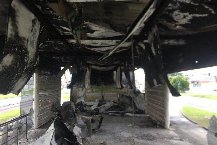 Estação Guinard sofreu um incêndio na madrugada deste sábado