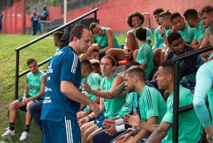 Rogério Ceni comanda primeiro treino no Flamengo