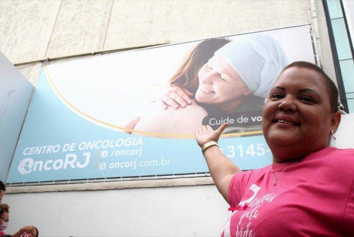 Denize Ribeiro, 47 anos, uma das primeiras pacientes