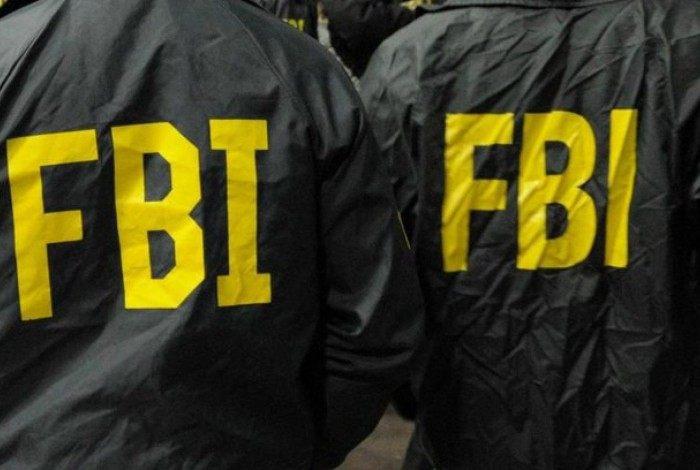 A mulher fingiu ser agente do FBI para conseguir comida de graça