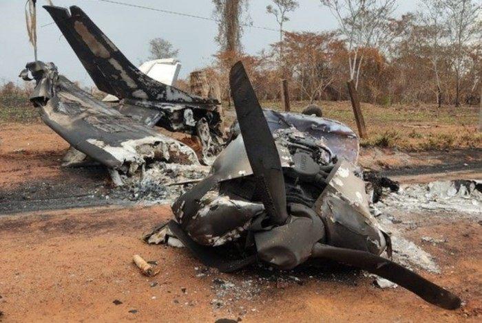 Avião que explodiu na fronteira da Bolívia com Mato Grosso, causando a morte do piloto