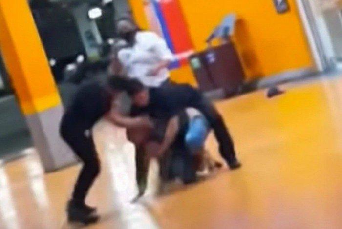 Cenas do momento da agressão